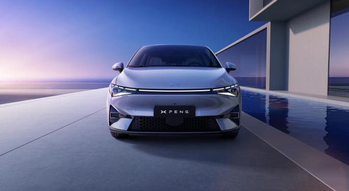 Xpeng seguirá entregando coches P5 pese a la escasez de chips