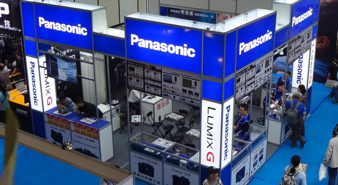 Panasonic Not Worried About Tesla's Battery Expansion Plans