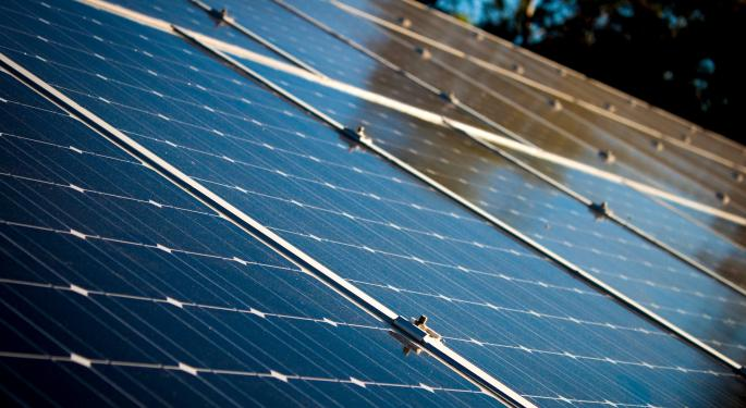 Credit Suisse Doubles Down On Bearish Stance Before First Solar's Q1 Print: 'Major Catalysts Are Behind Us'