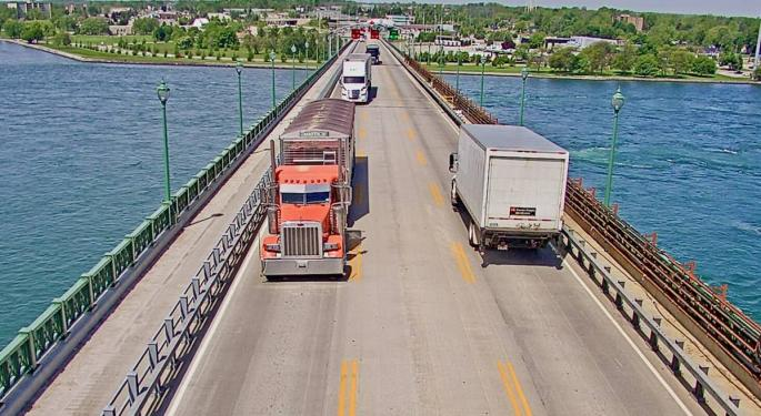 US To Canada Truck Border Crossings Rebound