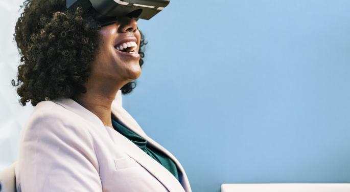 Wearable Tech ETF Shifts Strategy To Virtual Reality