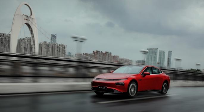 XPeng Analysts Lift Price Targets On China EV Market Fundamentals, Software Biz