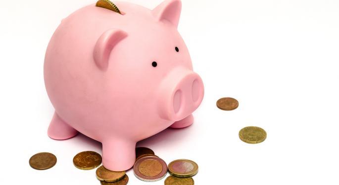 BMO Downgrades Huntington Bancshares, Calls Premium Valuation Difficult To Justify