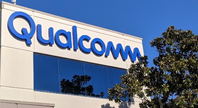 Qualcomm And Nokia Slam Into Resistance On Gap Ups