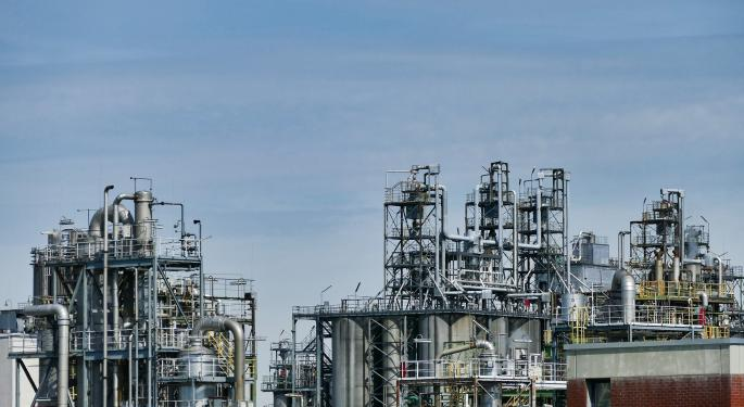 3 Bearish Oil ETFs To Buy Amid Crude's Violent Tumble