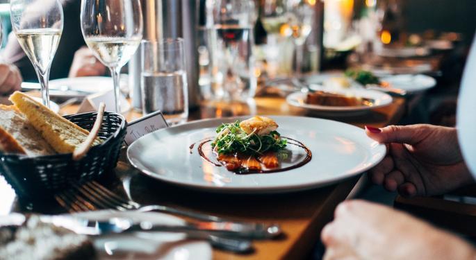 Celeb Chef Robert Irvine Says Coronavirus Will Permanently Change Restaurant Business