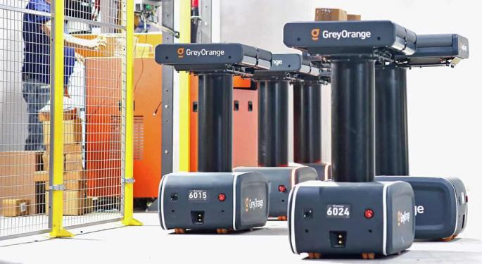 Mobile Robots Feed Warehouse Demand For Adaptability