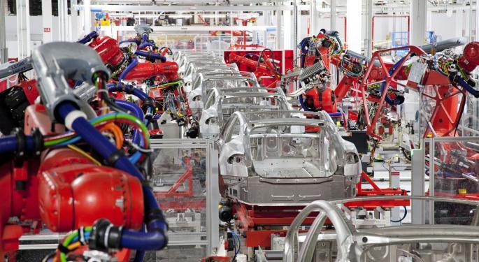 Needham Holds Tesla On Manufacturing Problems, Long-Term Drag On Gross Margins