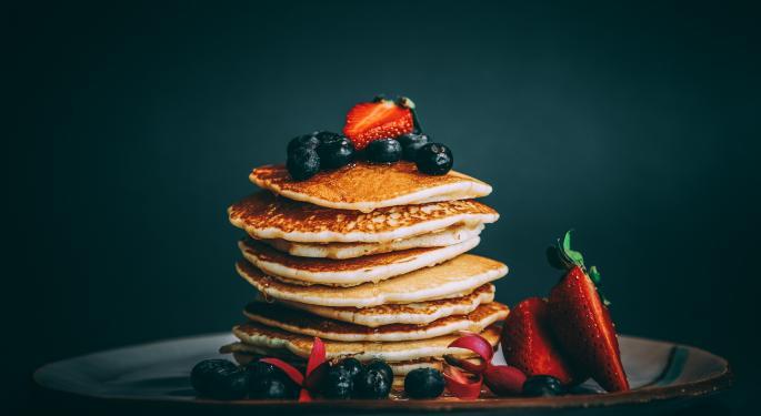Las DeFi PancakeSwap y UniSwap logran máximos históricos