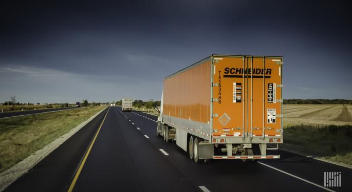 The Daily Dash: Truck Platooning, Schneider Sitting On Cash And Big Brown Surprises