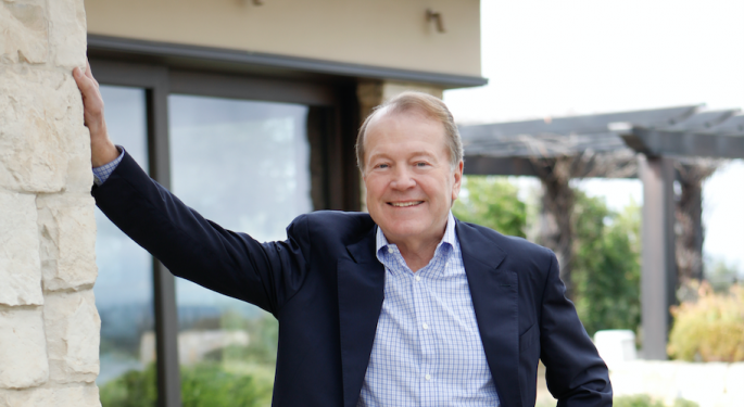 'Connecting The Dots': Former Cisco CEO John Chambers Details Lessons In Leadership, Life