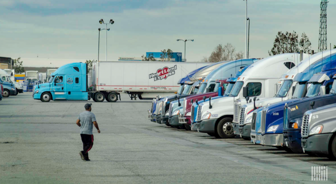dexFreight Adds Parking Reservation System, To Collaborate With TruckPark On Podcast