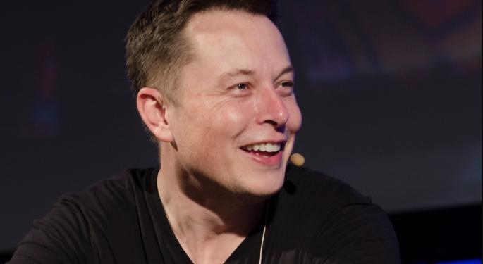 Elon Musk critica a Ford por fabricar coches eléctricos en México
