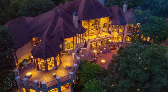 $11.8M Kansas Mansion Has Some Serious 'Game Of Thrones' Vibes