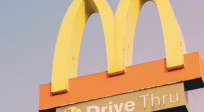 McDonald's, Apple Further Delay Reopening Due To Coronavirus Cases Spike
