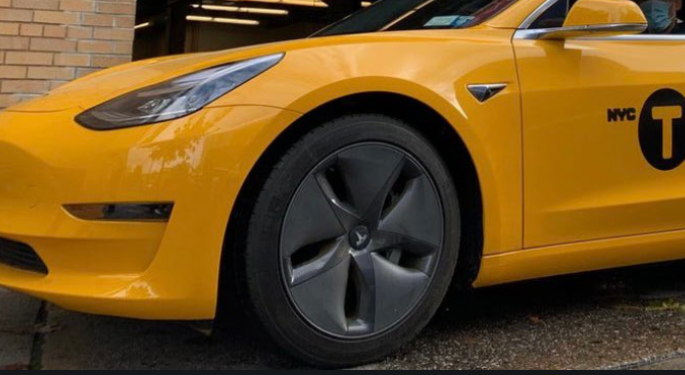 Tesla Model 3 Yellow Taxi Cabs Begin Giving Rides In NYC