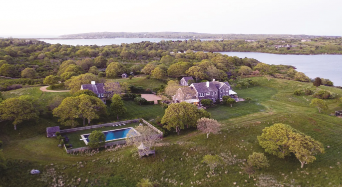 Want A Mile Of Private Atlantic Beachfront? Jackie O's Martha Vineyard Estate On Sale For $65M