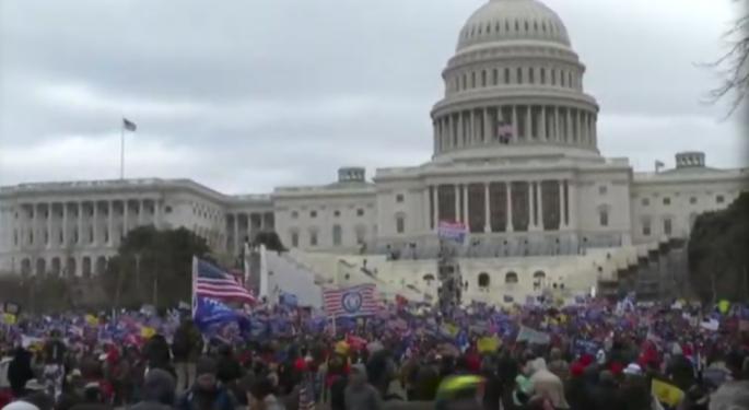 Washington DC Descends Into Anarchy As Trump Supporters Storm US Capitol, Delay Electoral College Vote Count