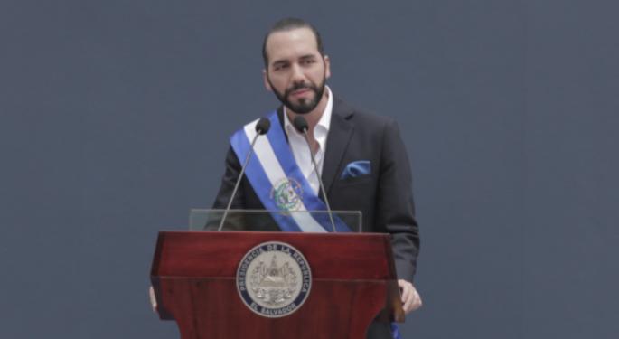 El Salvador, primer país en adoptar Bitcoin como moneda legal