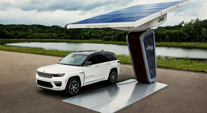 ¿Es rentable el plan de los coches eléctricos de Stellantis?