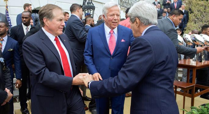 Report: Patriots Owner Kraft Charged In Prostitution Sting
