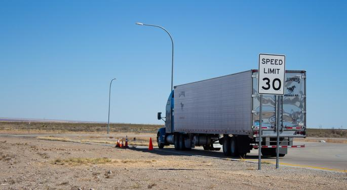 Signs Of Life As Hiring In The Economy, Trucking Improve