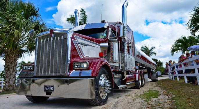 USA Truck Blames Soft Freight Environment, Declining Spot Rates For Lower Second-Quarter Results