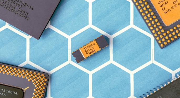 Taiwan Semiconductor Drops 1.4% Pre-Market Despite Q3 Earnings Beat