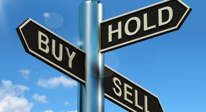 Mid-Day Market Update: US Stocks Edge Higher; Pandora Shares Drop On Weak Outlook