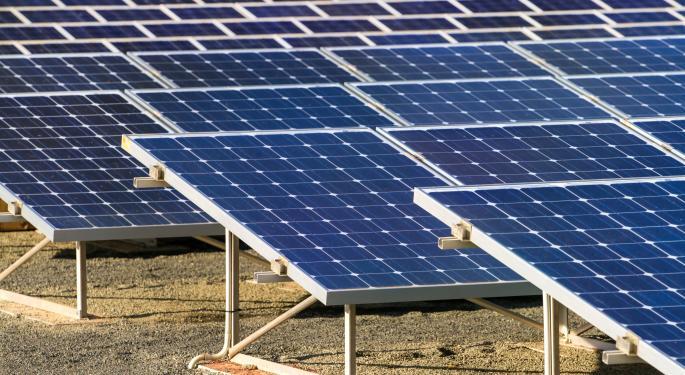 Short Interest In SolarCity Spikes, First Solar Falls AEIS, FSLR, SCTY
