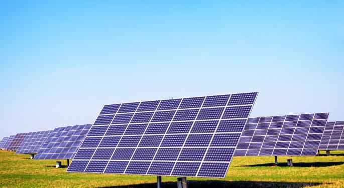 Short Sellers Retreat From First Solar and SolarCity FSLR, SCTY, SPWR