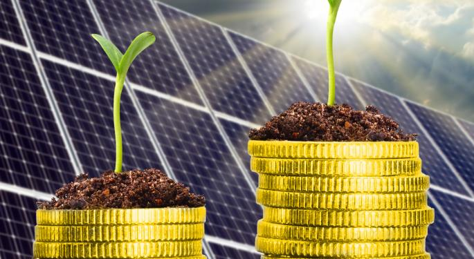 Axiom Capital's Gordon Johnson Discusses Solar Stocks, U.S. Steel
