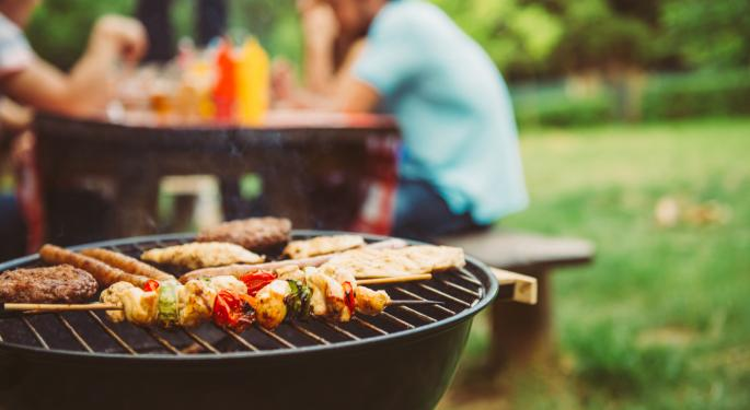 Quarantine, BBQ And Weed: Tips To Grill During The COVID-19 Lockdown