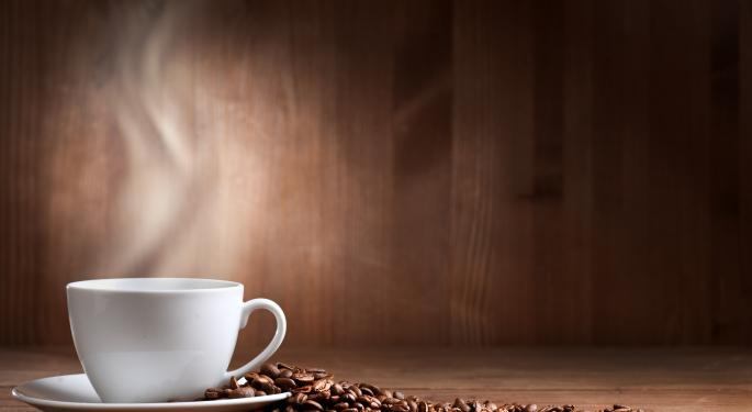 Lower Bean Prices Create Windfall for Coffee Industry and Consumers