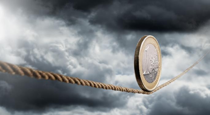 Euro Slips Below $1.35 Ahead Of ECB Meeting