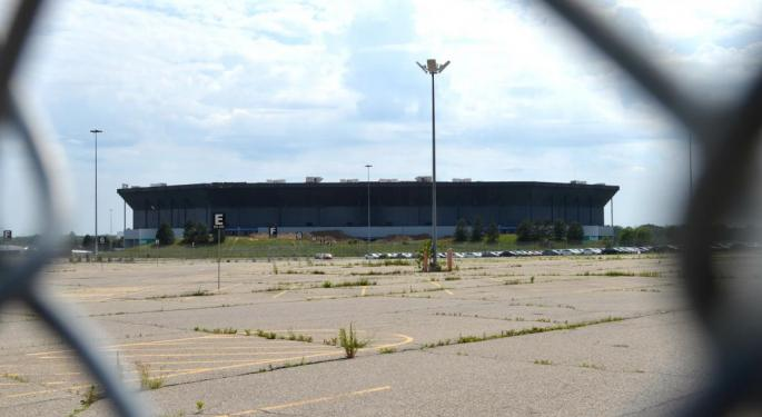 Amazon Seeks To Take Over Site Of The Old Pontiac Silverdome