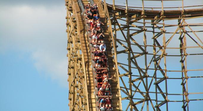 KeyBanc Upgrades Six Flags, Says Attendance Trends Better Than Expected