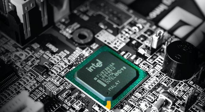 After Intel Shares Pounded On Chip Guidance, Earnings Eyes Turn To Amazon, Apple, Other Big Tech