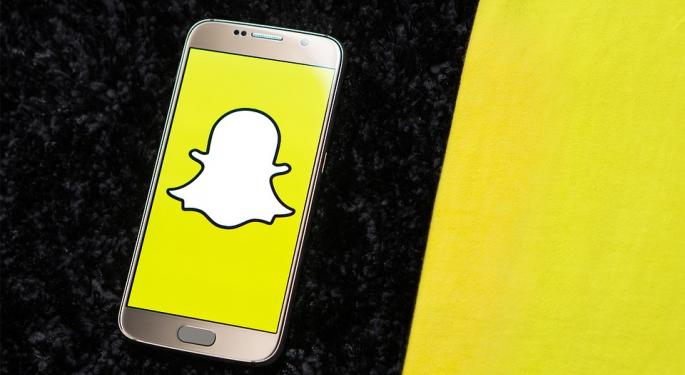 Snap Earnings Preview: User Growth And ARPU in Focus