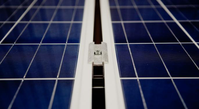 2 First Solar Analysts Take Opposite Sides Of Trade Before Q3 Report