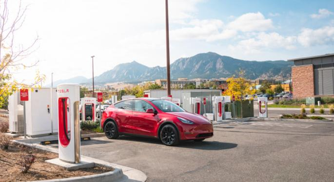 Tesla Connects East And West China With 3,100 Mile Supercharger Route