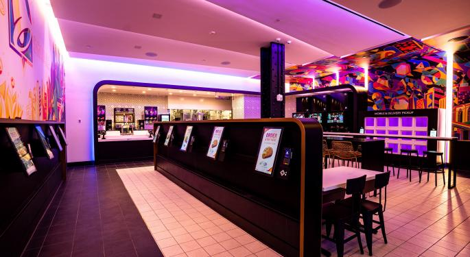 Taco Bell Opens Digital-Only Cantina In Times Square