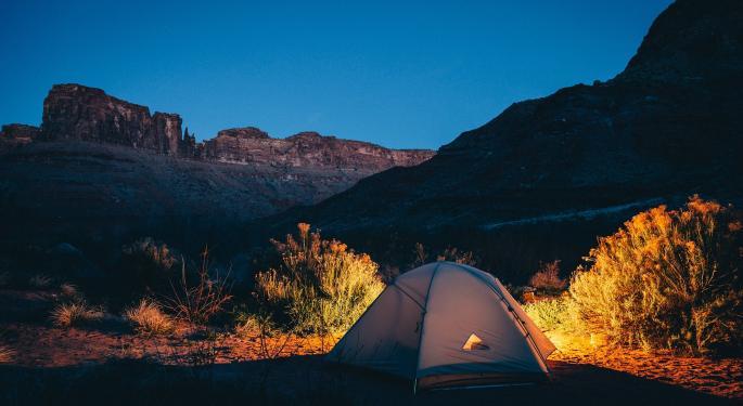 KeyBanc Downgrades Camping World, Asks 'Where's The Profit?'