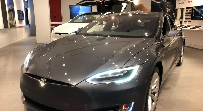 Morgan Stanley Isn't Buying Tesla's Claims For Profitability, Positive Cash Flow, China Prospects