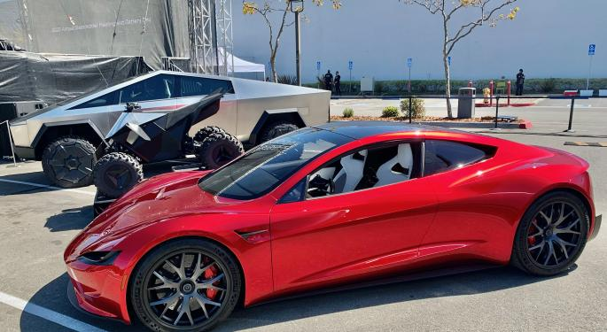 Tesla To Deliver Model S Plaid On June 4; Musk Calls It 'Fastest Production Car Ever'