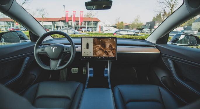 Elon Musk Says Tesla Autopilot Will Achieve 'Level 5' This Year