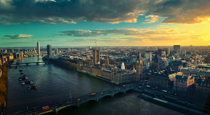 UK GDP: Economy Avoids Recession Despite Weak Growth