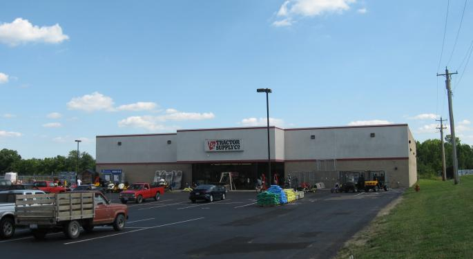 Slowing Growth Leads Tractor Supply Co. Off Track; BofA Downgrades