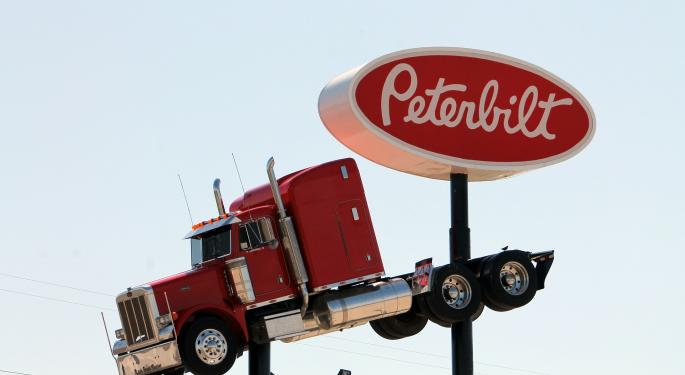 Analyst: Paccar Shares Keep On Trucking, Despite Recent Outperformance