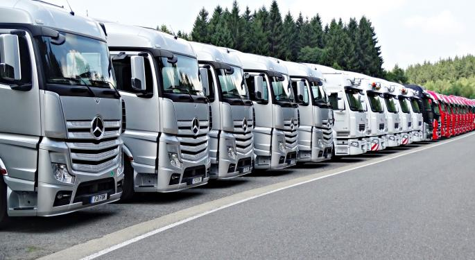 Truck Sales A Bright Spot In Daimler's First Quarterly Loss In A Decade